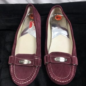 Woman's Michael kors flat loafers shoes 9.5